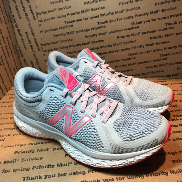 newest 58021 6be69 New Balance 720 v4 Women's running shoe size 9.5